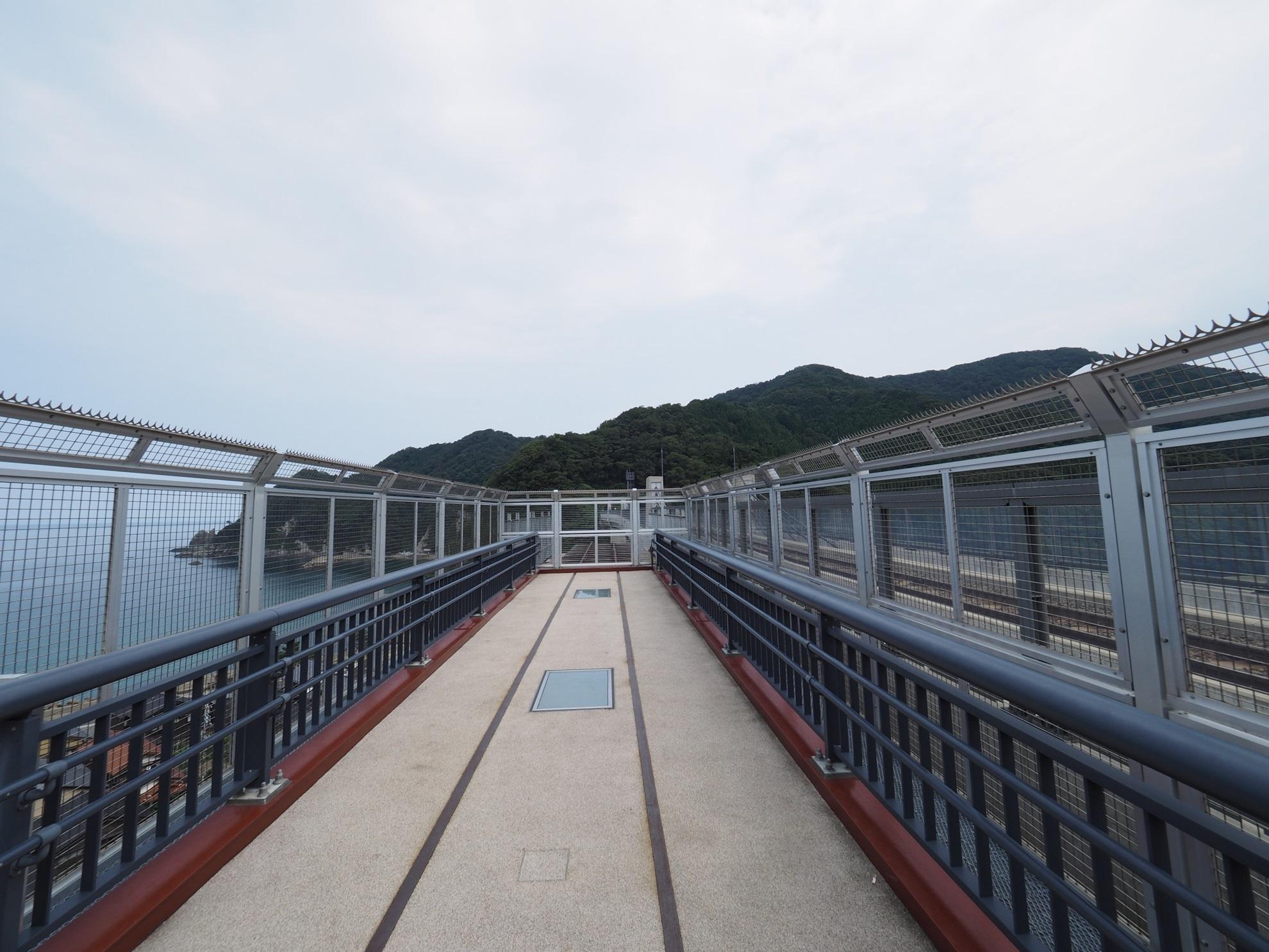 餘部駅 空の駅2