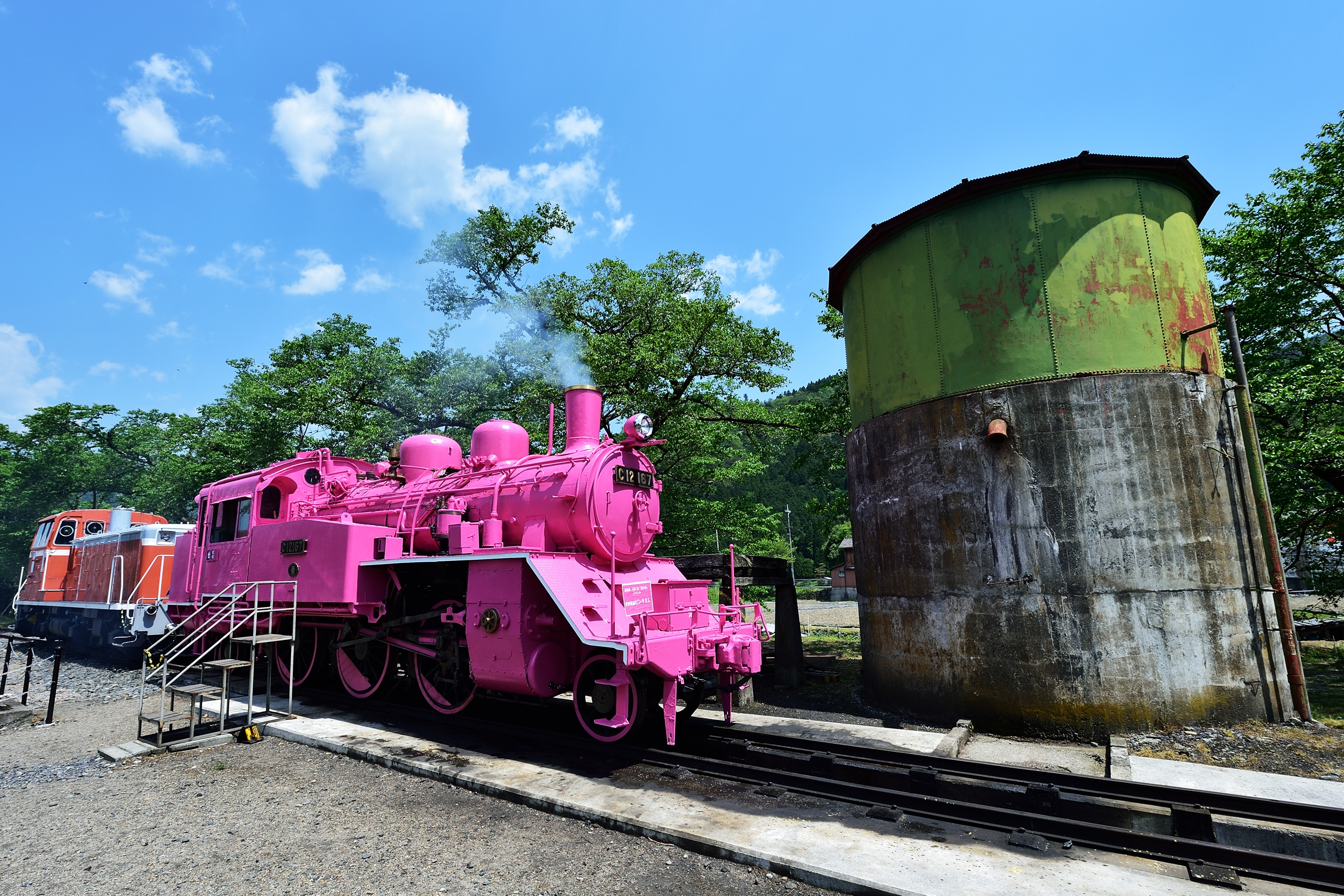 若桜駅 ピンクのSL3