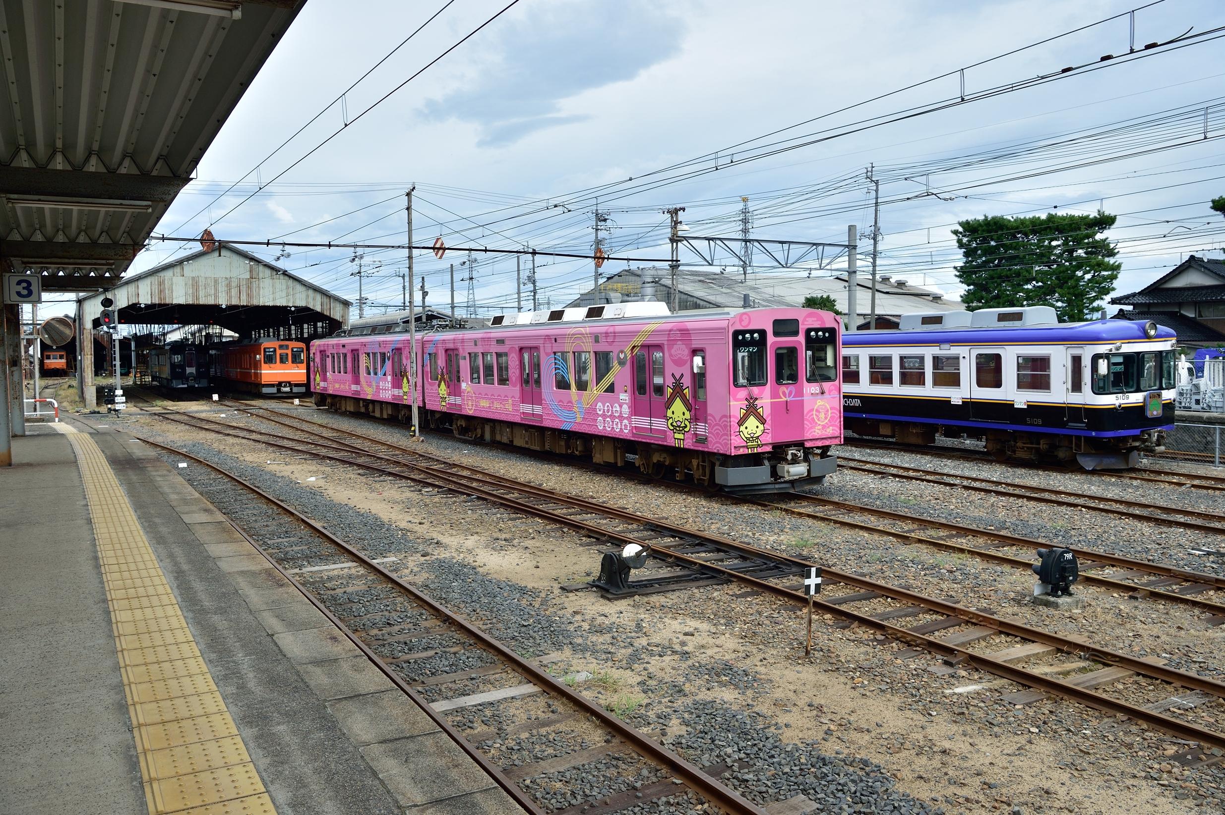 3雲州平田駅 7000系